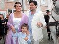 Azərbaycanlı müğənni rusiyalı həmkarı ilə nişanlandı - FOTO: ŞOU-BİZNES