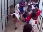 Futbolçular arasında kütləvi dava - VİDEO: İdman