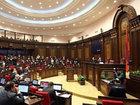 Ermənistan parlamentində böyük qalmaqal: Dünyada