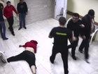 40 kişi bir nəfəri ölənə qədər döydü - VİDEO: Dünyada
