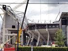 Stadionun tribunası çökdü, yaralılar var: Dünyada