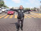 Yol polisi rəqs edib məşhurlaşdı - VİDEO - FOTO: Maraqlı