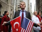 Bayrağı qaldırdı - üzr istədi - FOTO: Dünyada