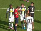 Bundesliqada fair-play dərsi - VİDEO: İdman