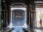 Metro qatarları belə yuyulur - FOTOSESSİYA: Fotosessiya