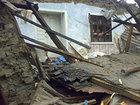 Bakıda evin tavanı uçdu, ailə küçədə qaldı - VİDEO: HADİSƏ