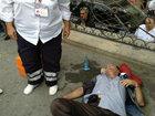 Bakının mərkəzində, polislərin gözü qarşısında öldü - FOTO: HADİSƏ