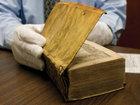 Bu Quran ərəb şeyxinin dərisindən hazırlanıb - FOTO: Maraqlı