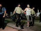 ABŞ-da polis daha bir zəncini güllələdi: Dünyada