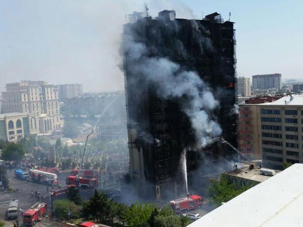 Kliniki Tibbi Mərkəz Bakıda yanan binada xəsarət alan 11 xəstənin durumunu açıqladı