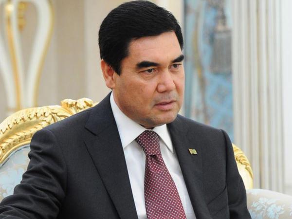 Türkmənistan prezidenti Bakıda baş vermiş yanğınla əlaqədar başsağlığı verib