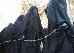 """İŞİD dünyanı şoka saldı: """"9 yaşlı qızla evlənmək olar"""" - FOTO"""
