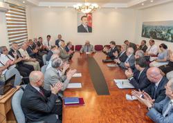 Akademik Roald Saqdeyev və AZAL-ın prezidenti Cahangir Əsgərov Azərbaycan Mühəndislik Akademiyasının qızıl medalı ilə təltif olunublar - FOTO