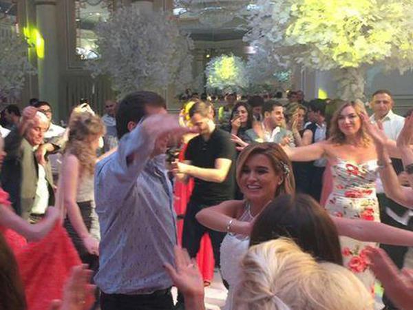 """Hamilə aparıcı toyunda """"ləzginka"""" oynadı - VİDEO - FOTO"""