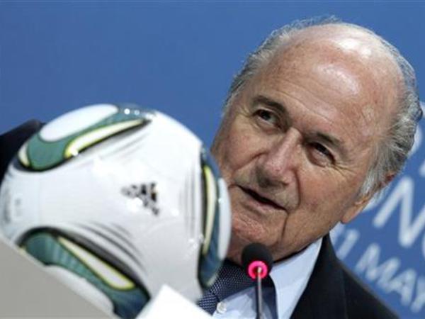 Blatter Fransa və Almaniya prezidentlərin iittiham etdi