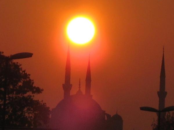 Ramazan ayının ilk Qədr gecəsini yaşayırıq - İlahi şərtlər və əməllər...