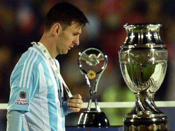 """""""Messi Argentinanı dünya çempionu edəcək"""""""