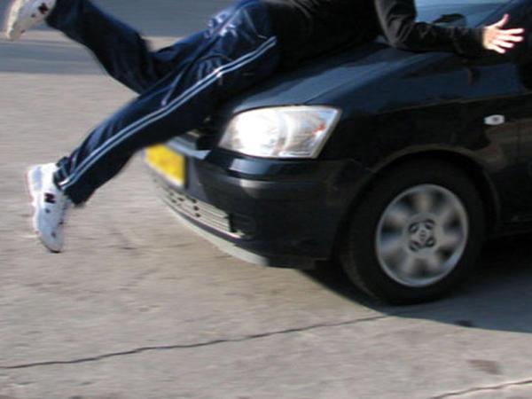 Bakı-Qazax magistral yolunda piyadanı maşın vurdu