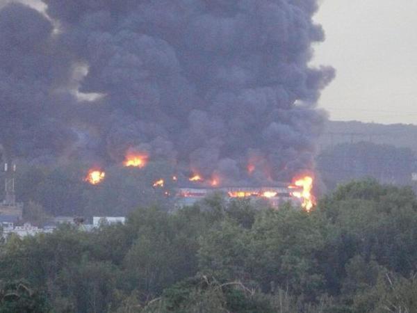 Azərbaycanlıların işlədiyi daha bir bazar yandı - FOTO
