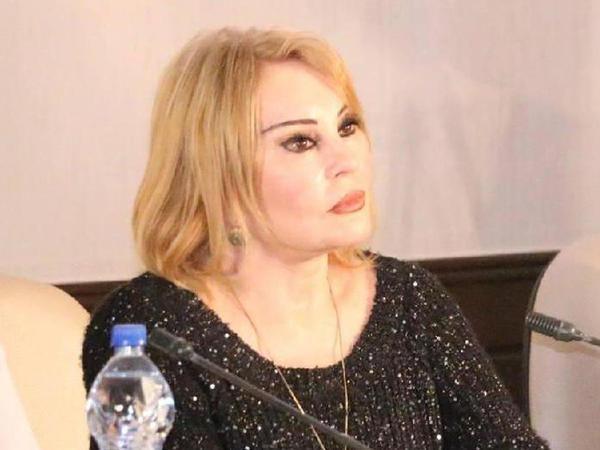 Amaliya Pənahova yenə dəyişdi - FOTO