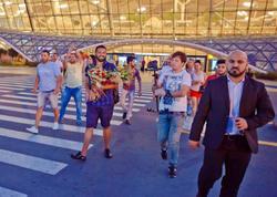 Qalmaqallı mavi Bakıya gəldi - VİDEO - FOTO