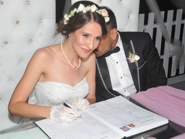 """""""Karagül""""ün aktyoru evləndi - FOTO"""