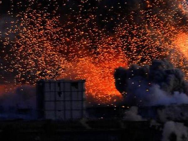 İŞİD Türkiyəyə qarşı xəndək qazır - FOTO