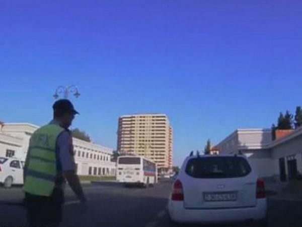 Bakıda sürücü yol polisinə dərs verdi - VİDEO - FOTO