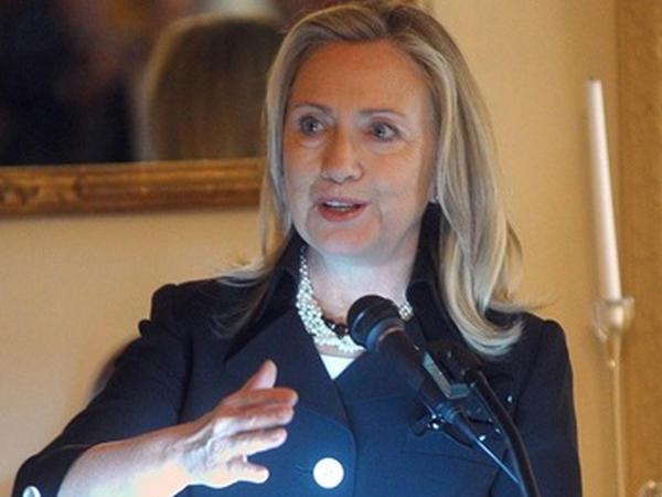 Klintonların gəlirləri: 8 ilə 140 milyon dollar