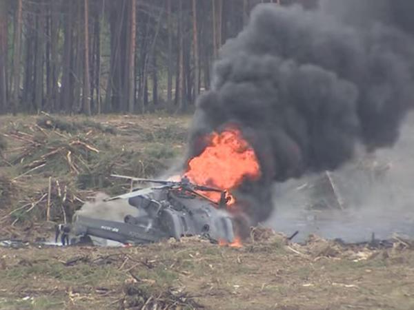 Pilotu həlak olan helikopter qəzasının görüntüləri yayıldı - VİDEO