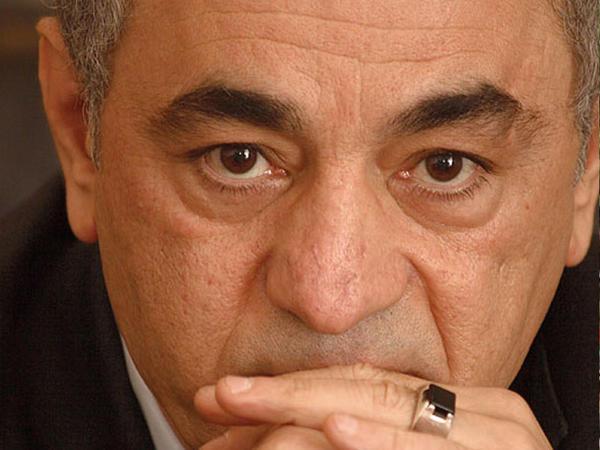 """Fəxrəddin Manafov: """"Mən hətta sevmədiyim qadınları da qısqanıram"""""""