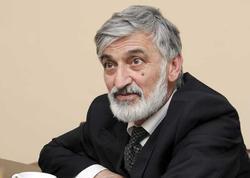"""Tanınmış aktyor: """"Mən o qadının atası deyiləm"""""""