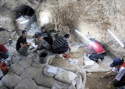 Ermənilər Azıx mağarasının altını üstünə çevirirlər - FOTO
