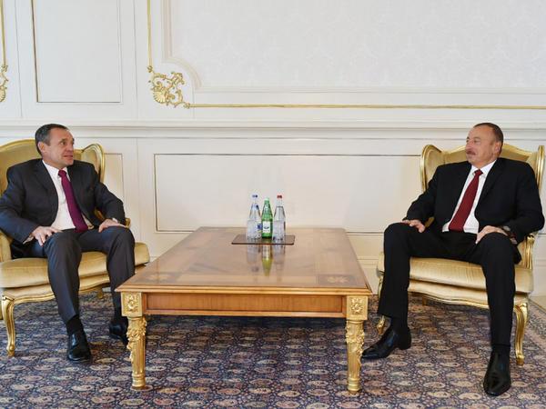 Prezident İlham Əliyev yeni təyin olunmuş səfirlərinin etimadnaməsini qəbul edib - YENİLƏNİB - FOTO