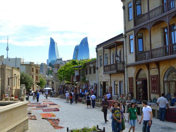 Rusiyada maliyyə böhranı Azərbaycana gələn turistlərin sayına təsir etdi