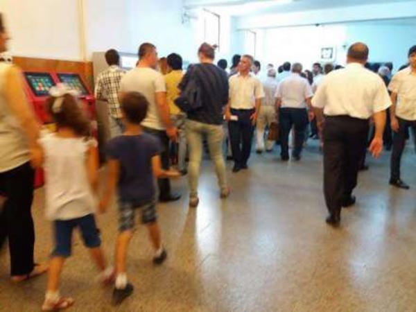 Bakı metrosunda gərginlik - FOTO