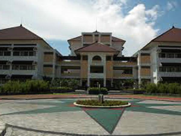Bakıda universitetlərin kampusları yaradılır
