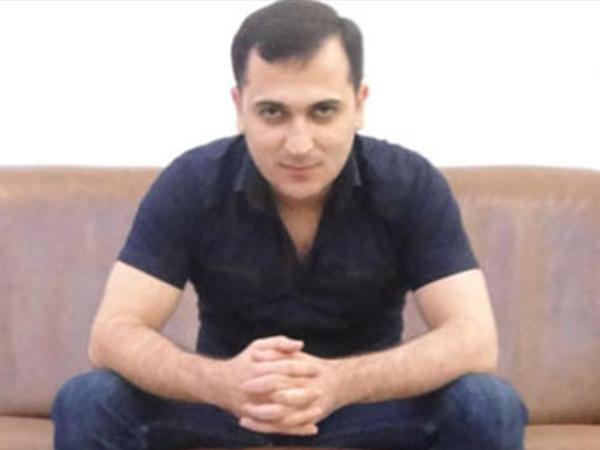 Azərbaycanda prodüserin evi qarət edildi