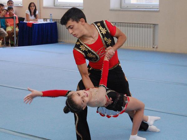 Akrobatika gimnastikası üzrə 22-ci Bakı çempionatı başlayıb - FOTO