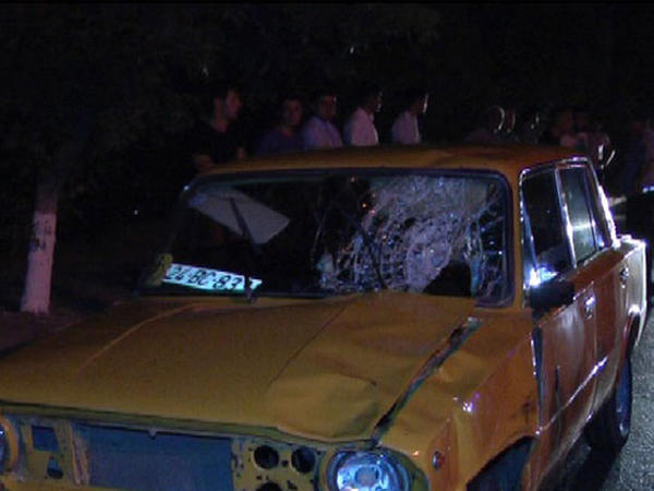 Avtomobil 2 nəfəri vuraraq öldürüb, sürücü həbs edilib - YENİLƏNİB - FOTO