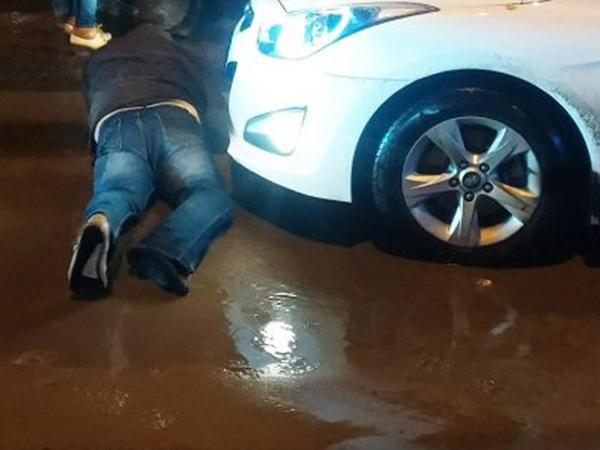 Ucarda avtomobil üç nəfəri vurdu