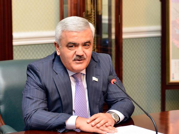 Rövnəq Abdullayev Gürcüstanın Baş naziri ilə görüşdü