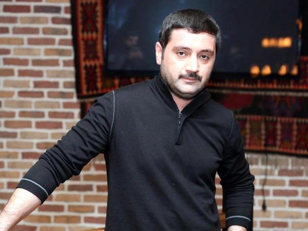 """""""Bir klipə on min ödəyirik"""" - İzzət"""