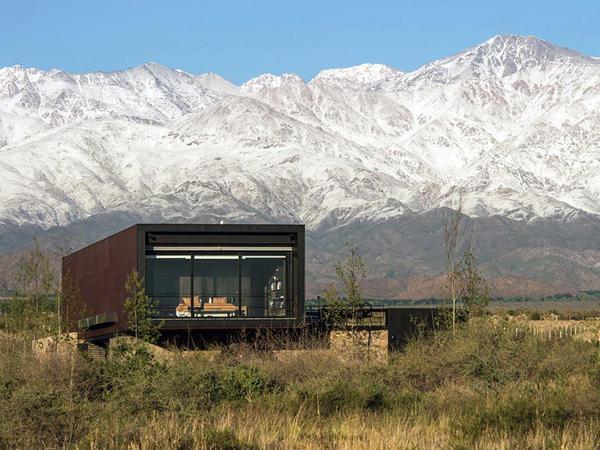 Dağlarda tənha ev - FOTO