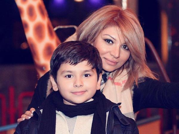 Afaq oğlunu xatırladı, ağladı - FOTO
