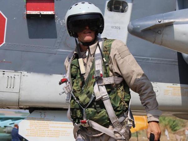 Rus pilotun cəsədi Türkiyəyə gətirilib