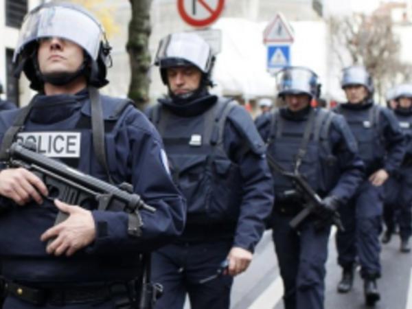 Fransada girovların azad olunması üzrə əməliyyat zamanı silahlılardan biri öldürülüb