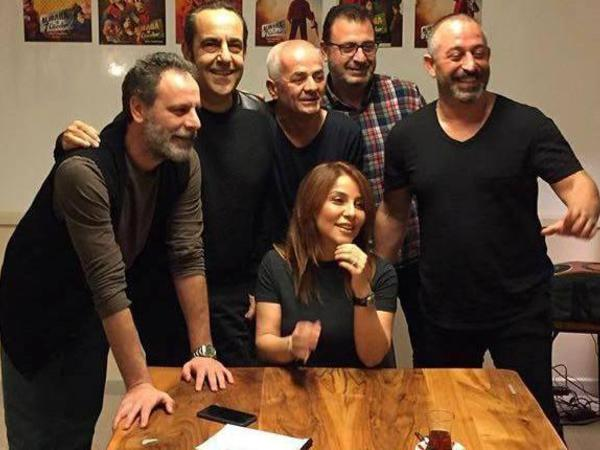 İradə Cem Yılmaz və komandası ilə məşhur mahnısını oxudu - VİDEO - FOTO