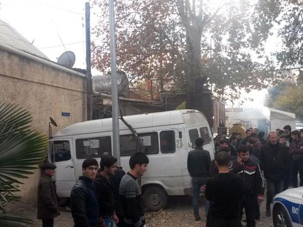 Sərnişin avtobusu qəzaya uğradı, 20 yaralı - SİYAHI - YENİLƏNİB - FOTO - VİDEO