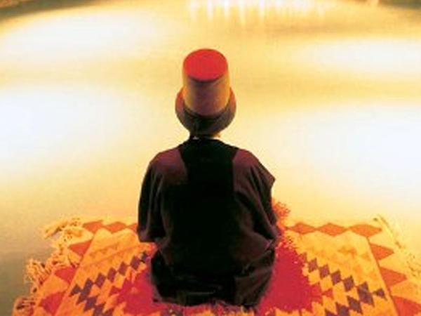 Alimi heyran qoyan kiçik sufi